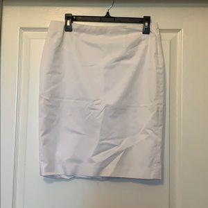 Ann Taylor petite white skirt